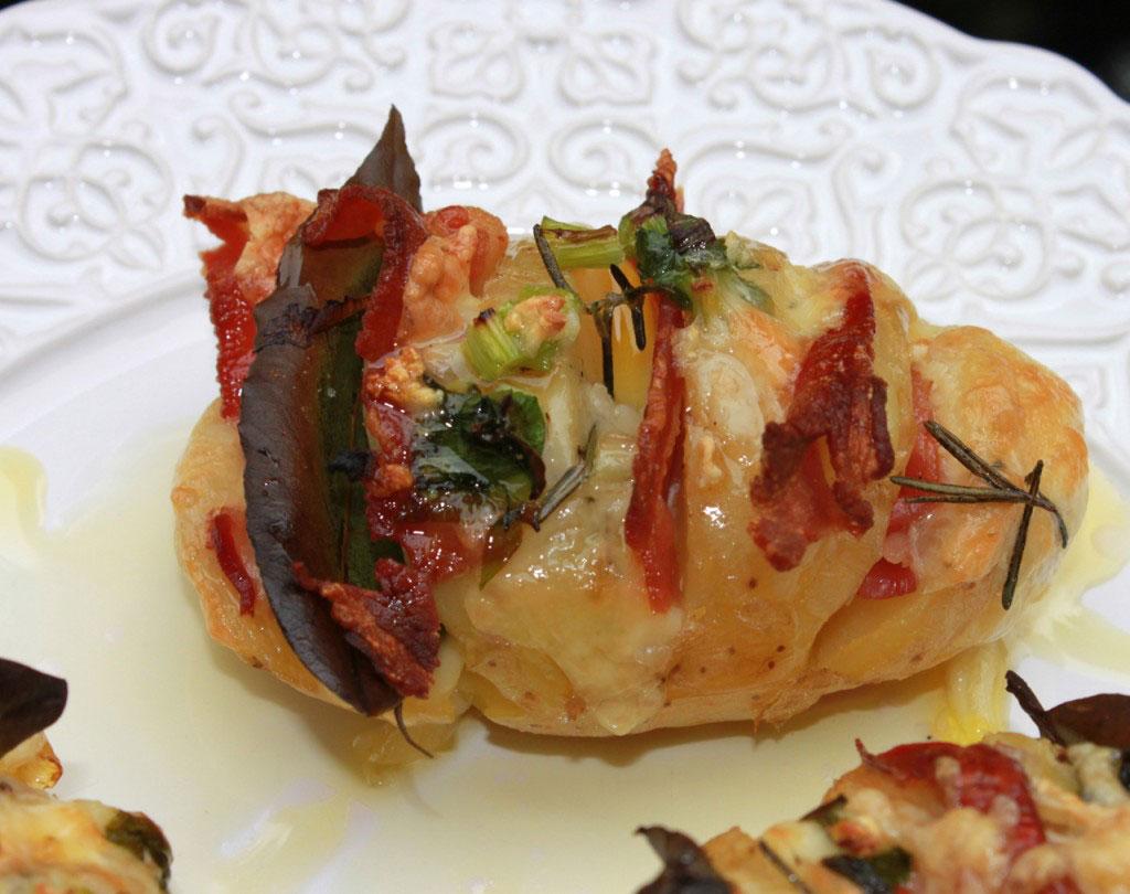 batata-laminada-rustica-hasselback1