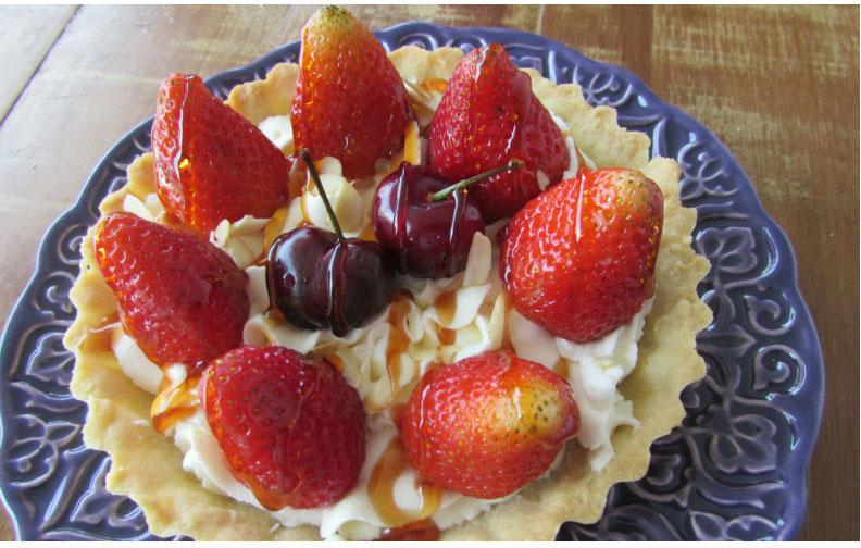 Torta de Morango com Creme Mascarpone e Mel