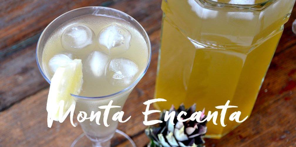 Suco de Abacaxi, com casca da fruta cozida!