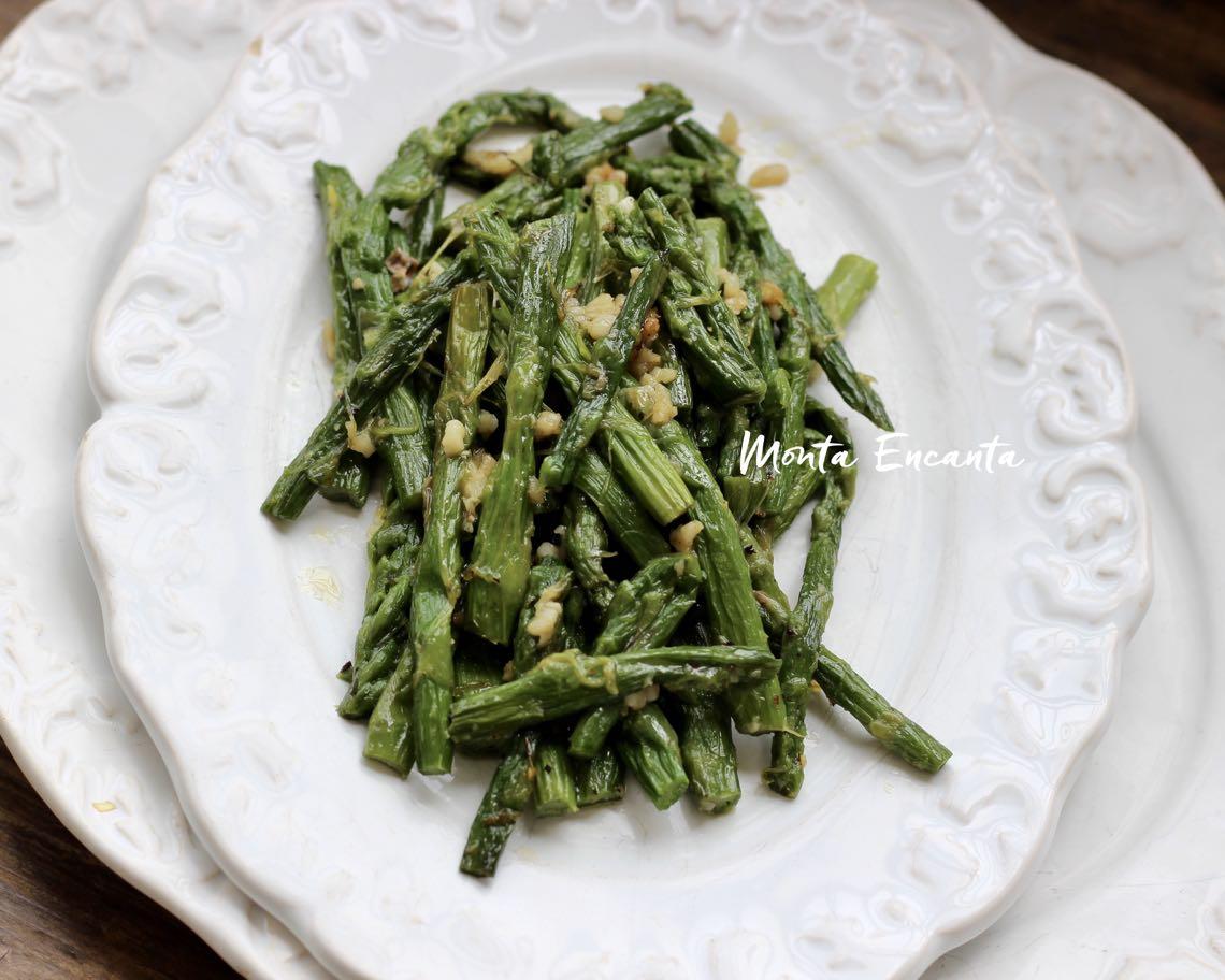 aspargos salteado na manteiga