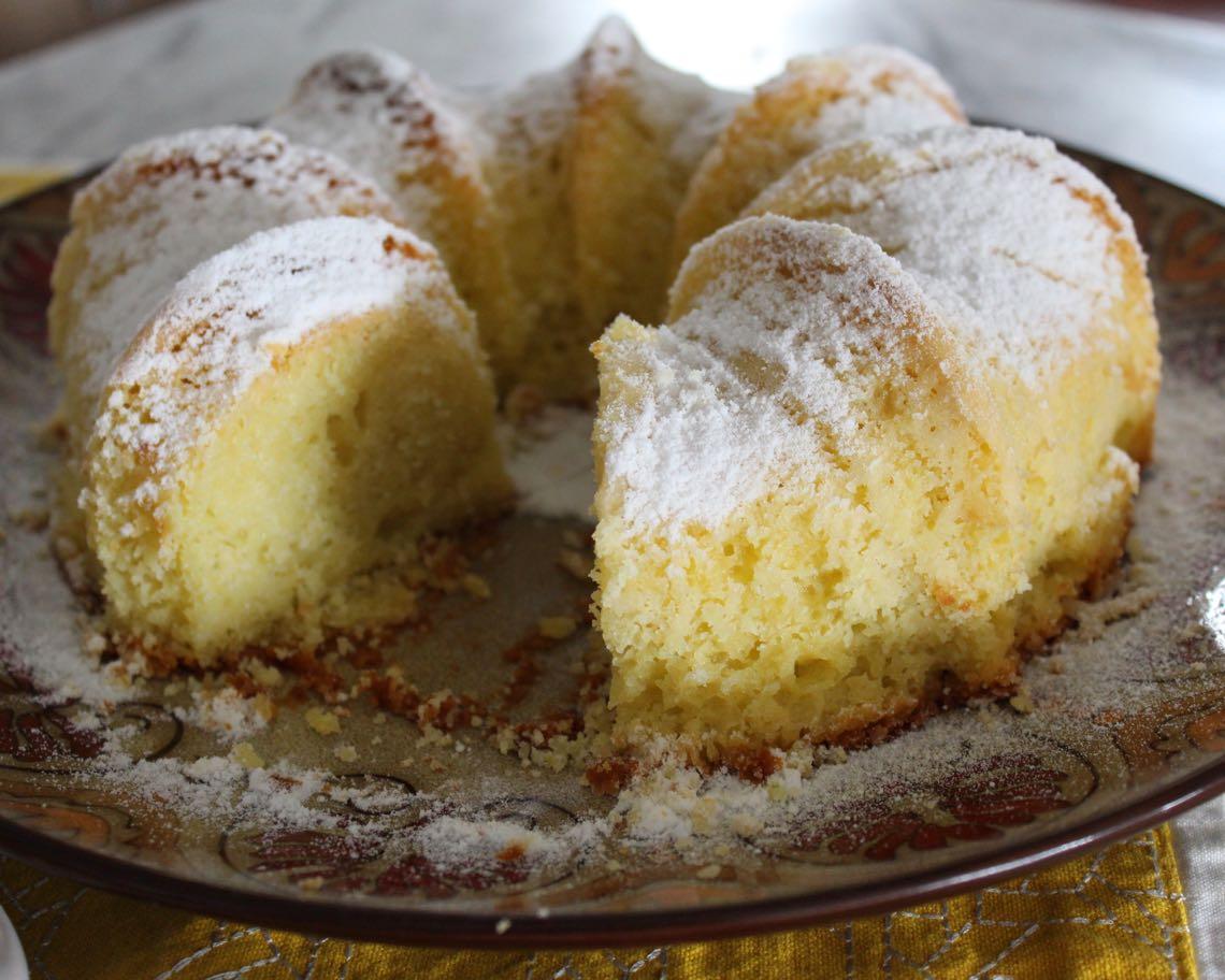 bolo de arroz cru com iogurte e limão