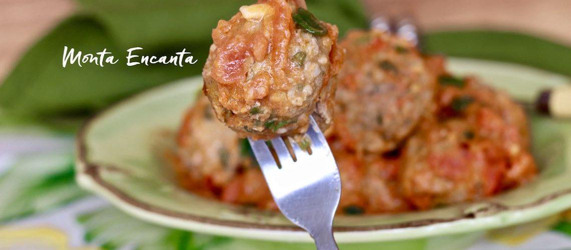 Almôndegas ao Tomatinho de carne moída c/ azeitona!