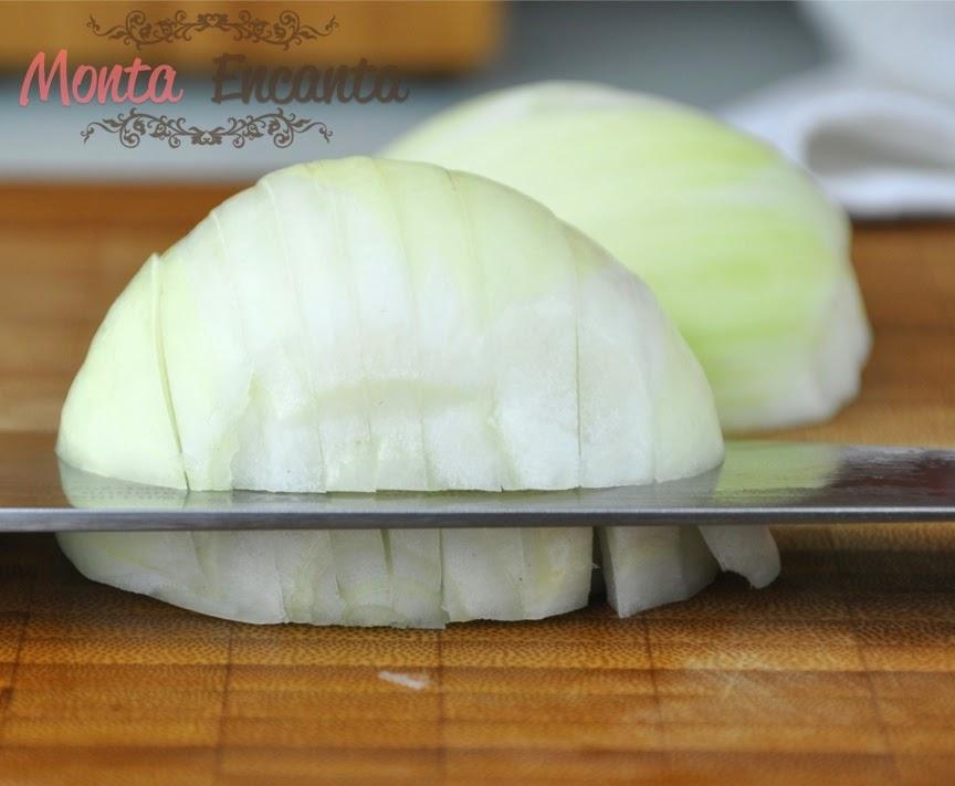 como-cortar-cebola-brunoise13