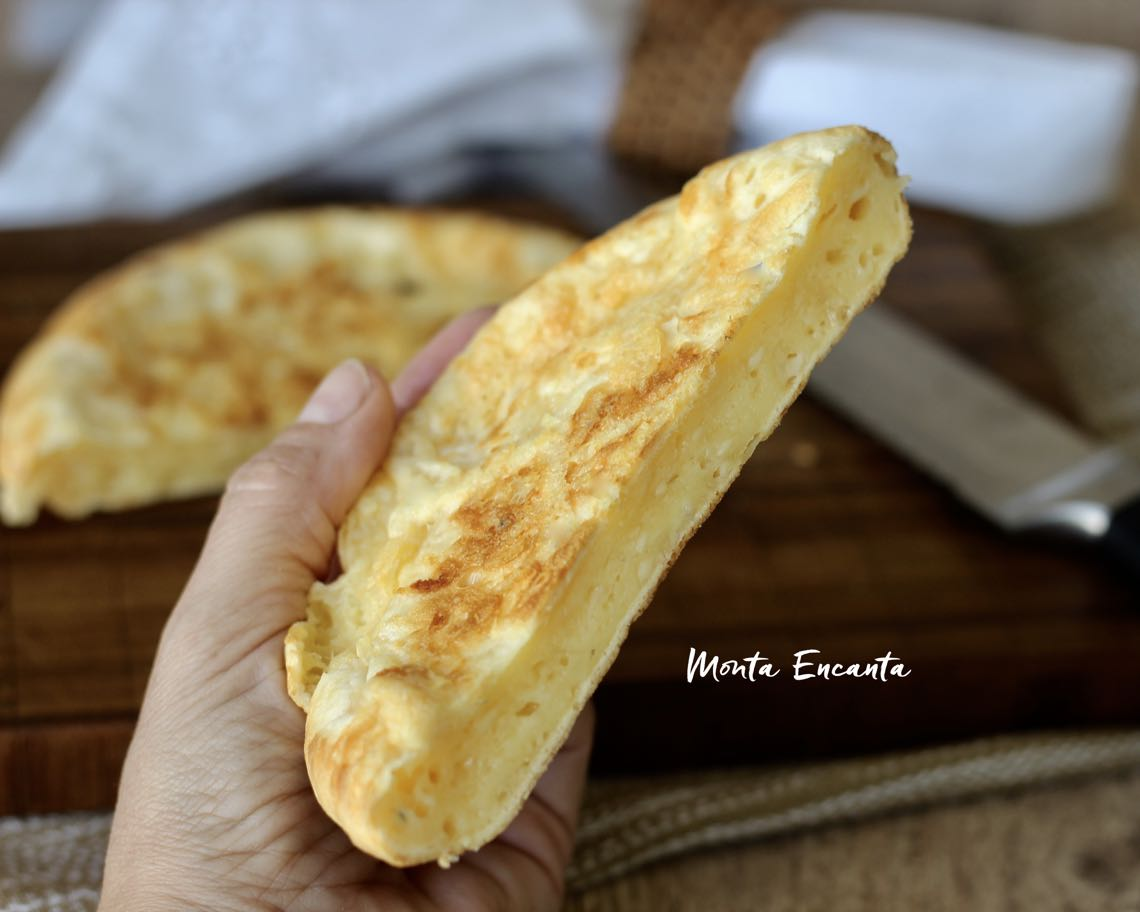 pão de queijo na frigideira