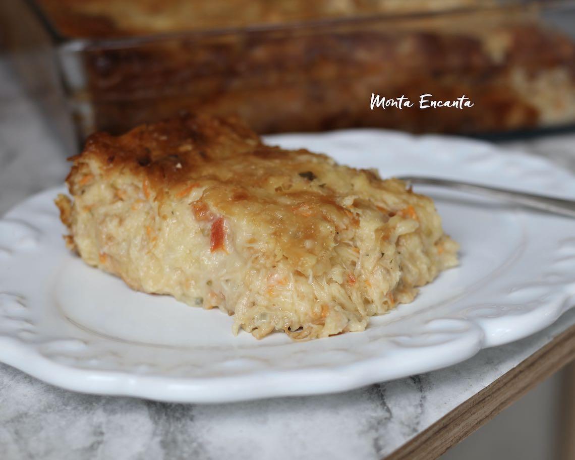 torta de tapioca com frango cremoso e sem gluten de liquidificador