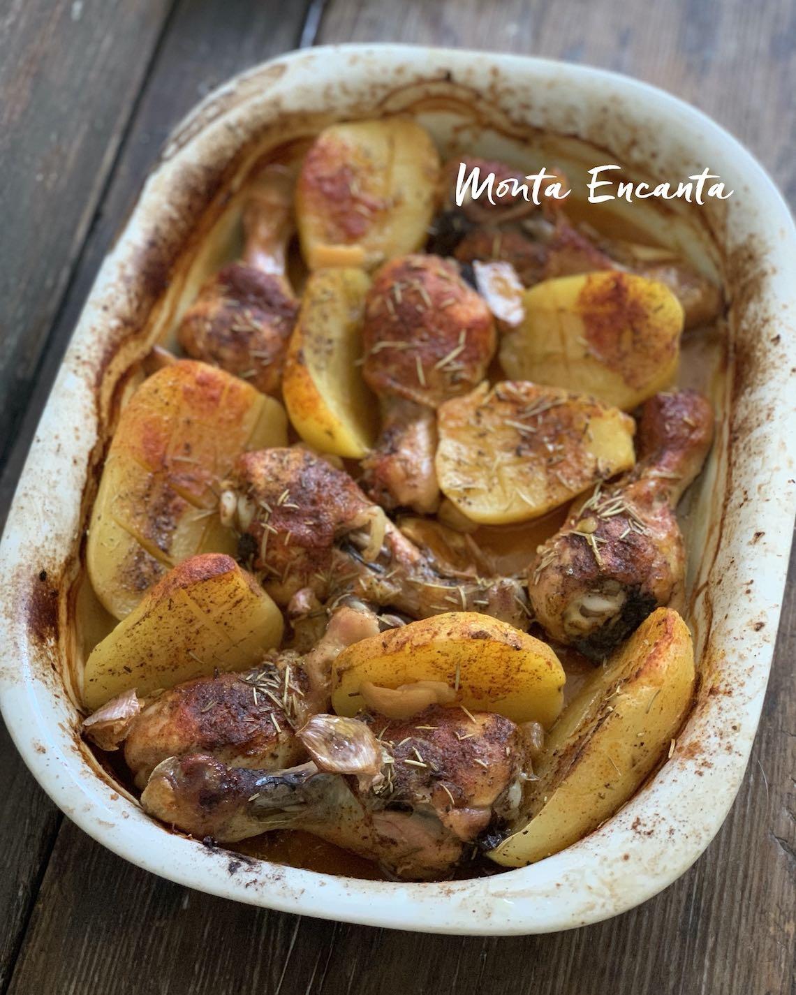 coxa de frango assada com batata, alecrim e páprica