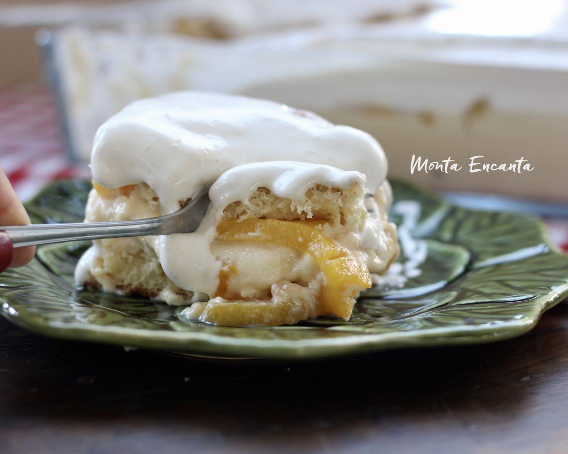 bolo belga gelado com pessego;ppopoi