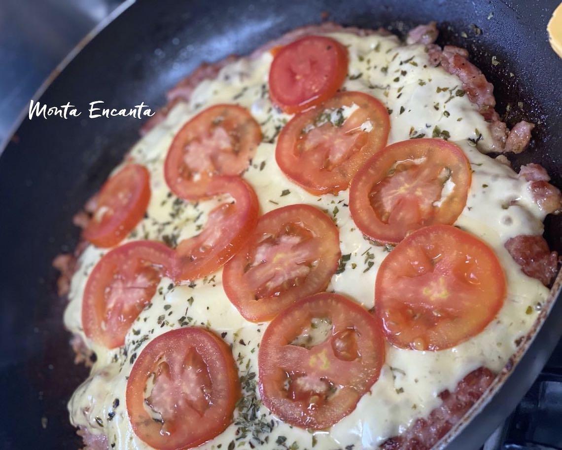 pizza de linguiça