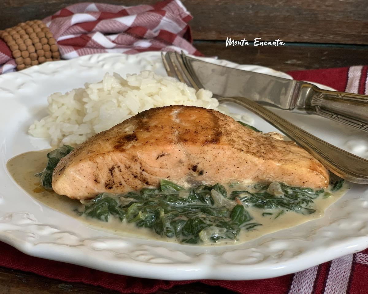 salmão com espinafre
